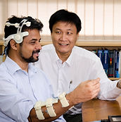 (Left) NTU Senior Research Fellow Dr Joh