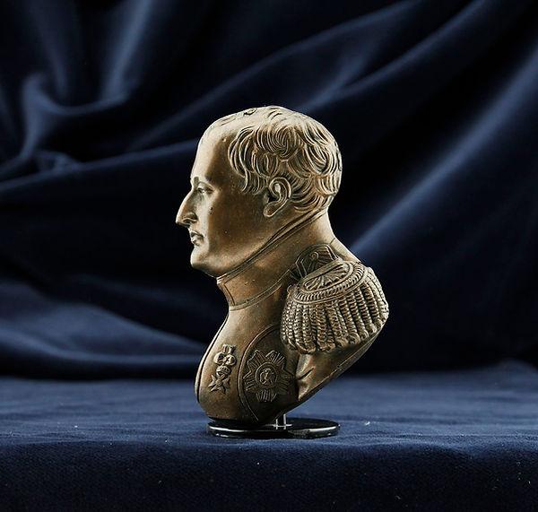 napoleon magnet.jpg