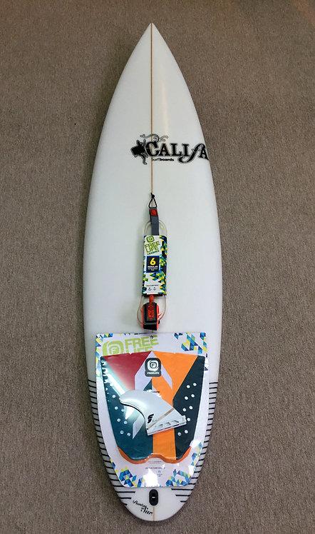 "SP CALIFA SURFBOARDS 5´11"" + ACCESORIOS"