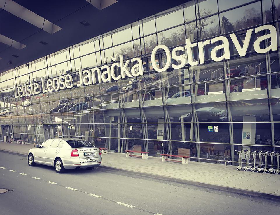 Odvoz na letiště Katowice a Mošnov_