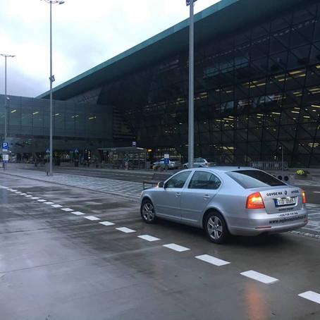 Dnešní ranní odvoz Řepiště - Krakow Airport. ODVOZ NA/ Z LETIŠTĚ. ODVOZ SVATBY.