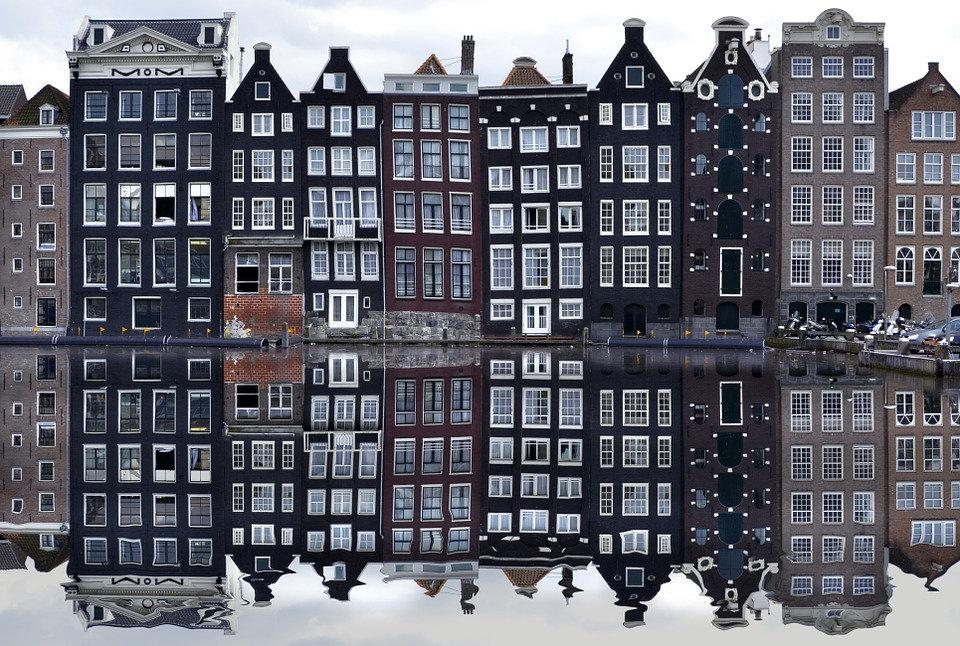Walk-Holiday-Europe-Amsterdam-Vacation-C