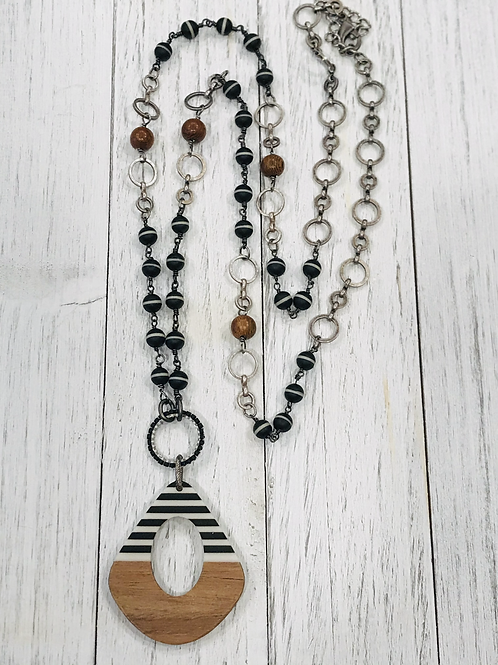 Wooden stripe Pendant necklace with Black/Wood Rosary Chain.