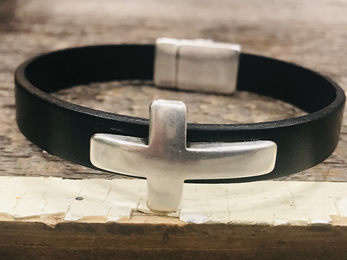 Men's Leather Cross Bracelet with Magnetic Closure