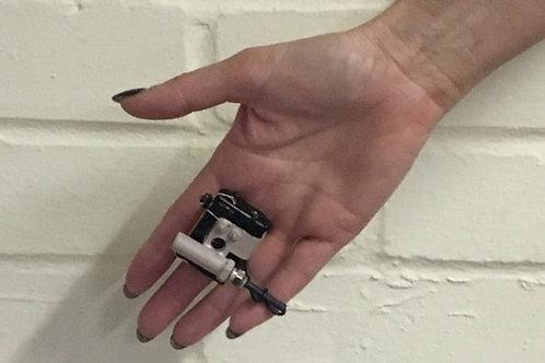 HAND & FLINT FLASHER