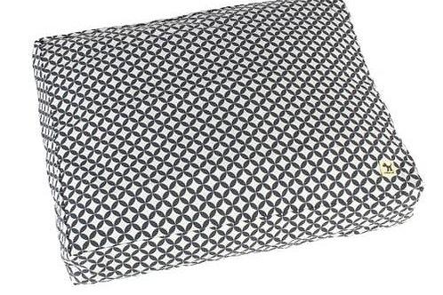 Dog Duvet Diamond (Black/white) HUGE indoor/outdoor