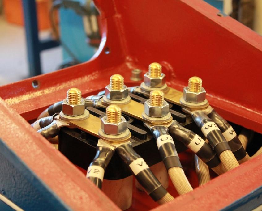 Valelectric_bornier moteur 400kW (5)