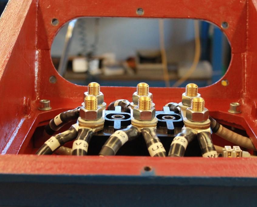 Valelectric_bornier moteur 400kW (7)