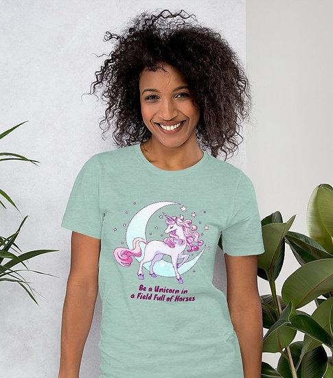 Be a Unicorn in a Field Full of Horses Design Short-Sleeve Women's T-Shirt