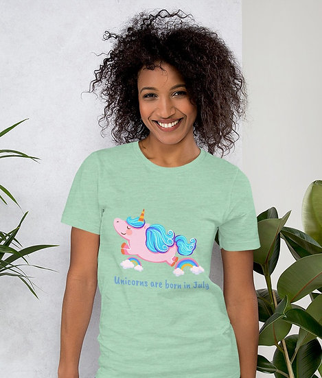 Unicorns are born in July Design Short-Sleeve Women's T-Shirt