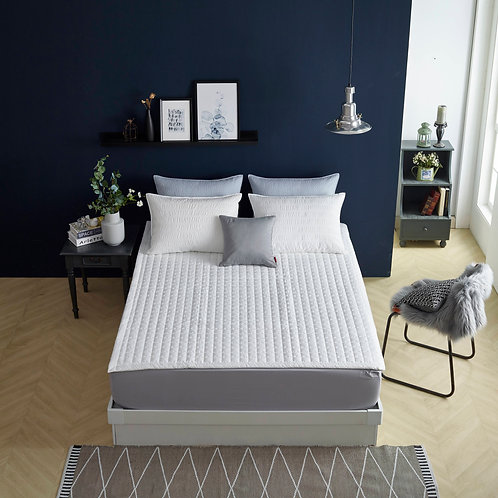 New COOL SUMMER Quilt Pad with Anti Slip finishing_King
