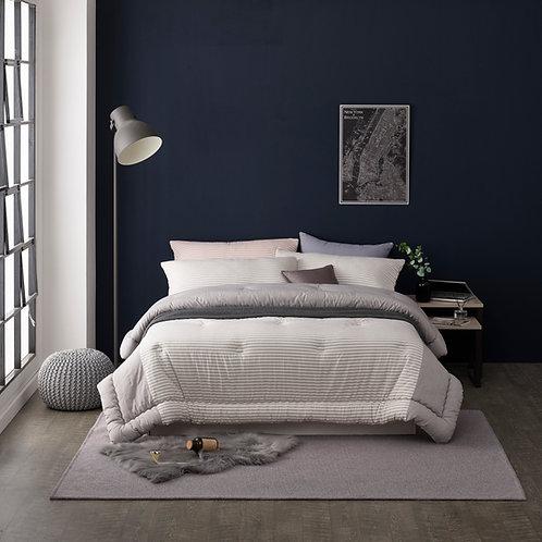 Modern stripe King/Queen comforter set