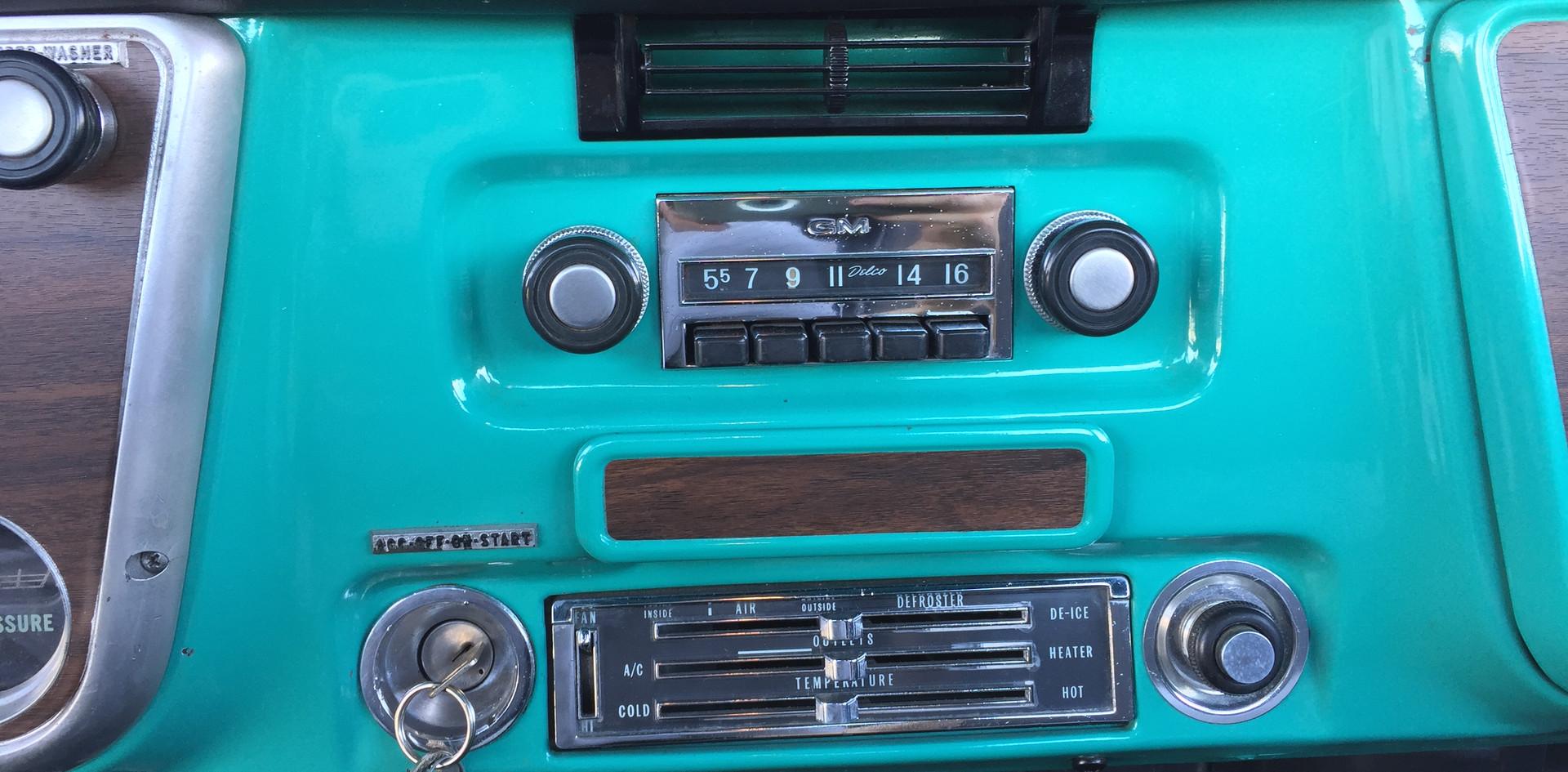 1971 chev c10 (40).JPG
