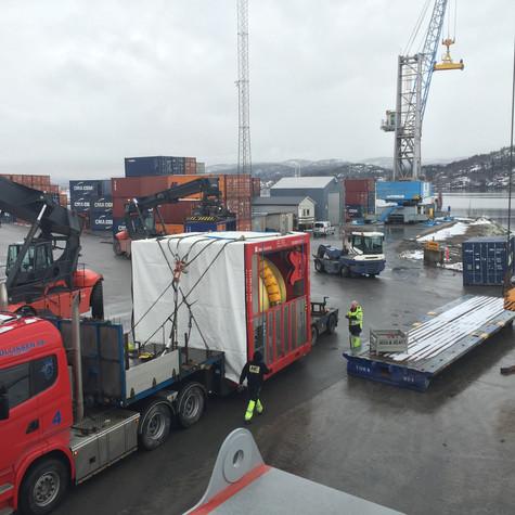 Tunge løft, Grenland Havn