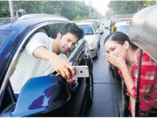 Selfie trouble: Varun Dhawan
