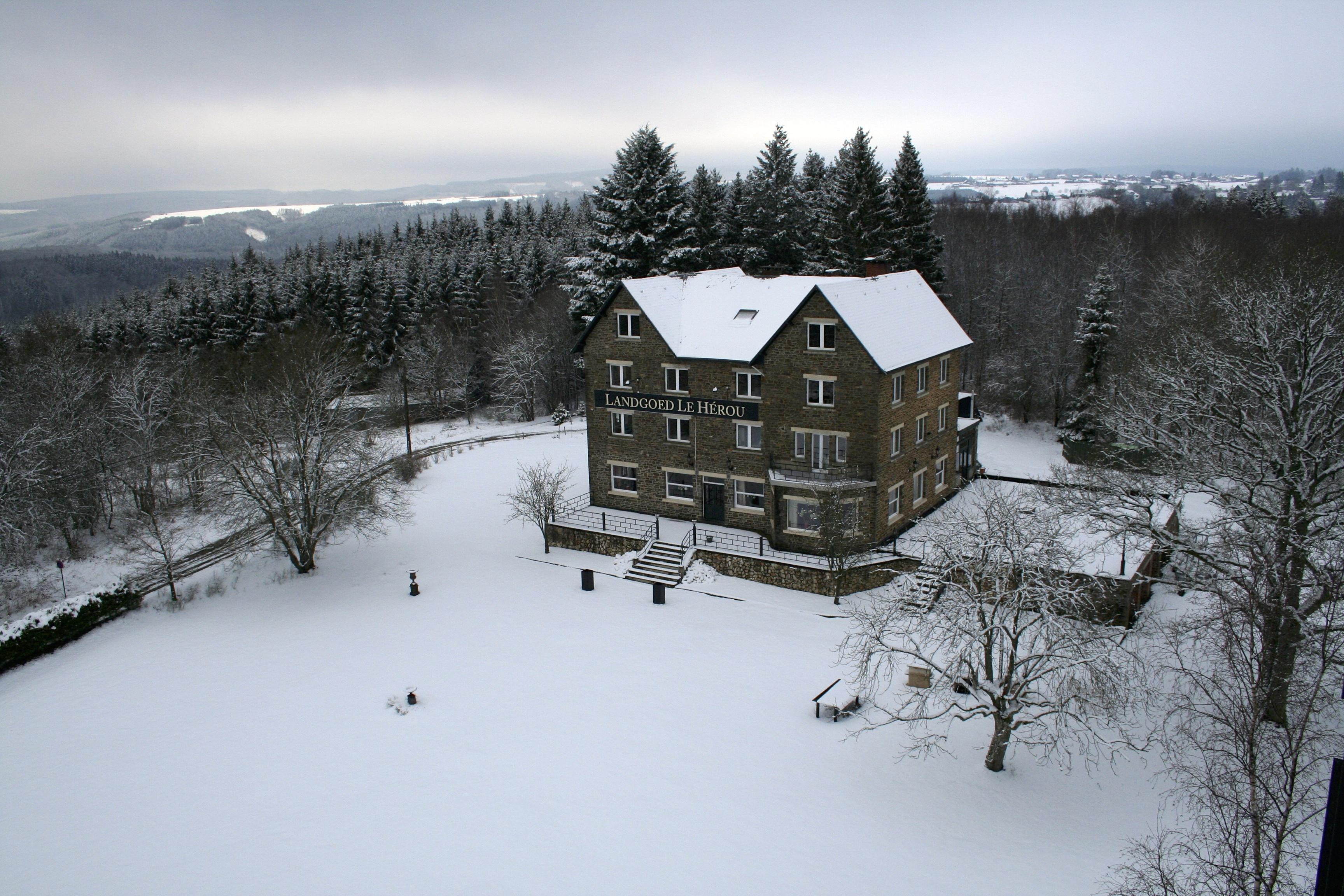 Winter Sneeuw Ardennen op 400m hoog