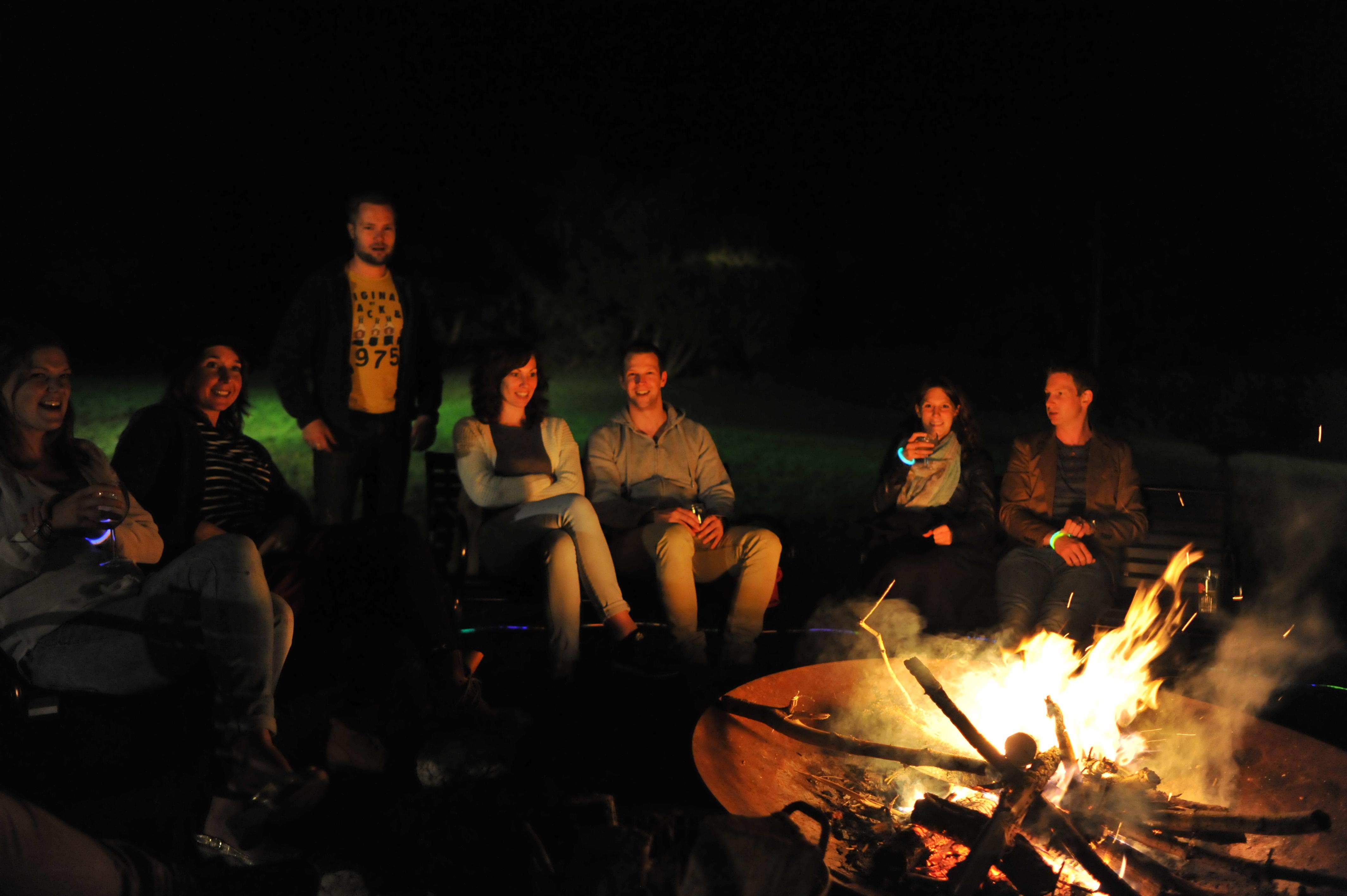 Gezellig ontspannen rond het vuur!