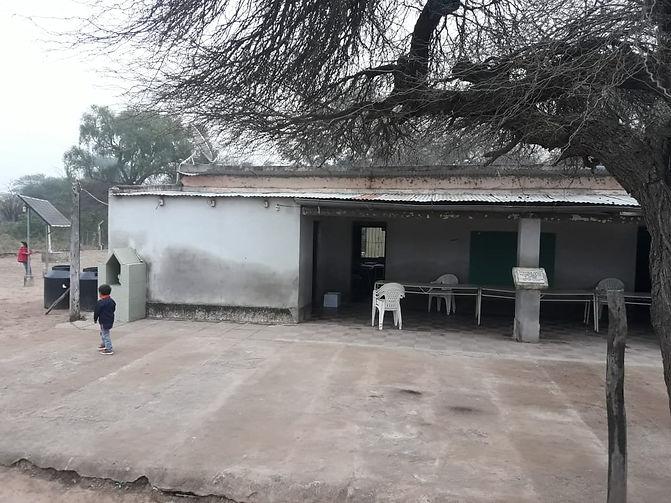 Escuela No 989 de la Fortuna. Directora Beatriz Veron.jpeg