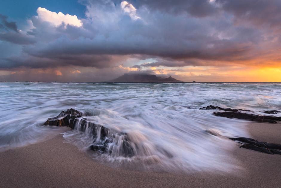 Table Mountain Stormcloud