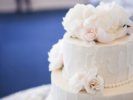 How To Pick Your Ideal Wedding Cake