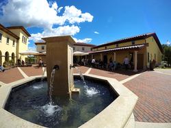 VB-Piazza Fountain