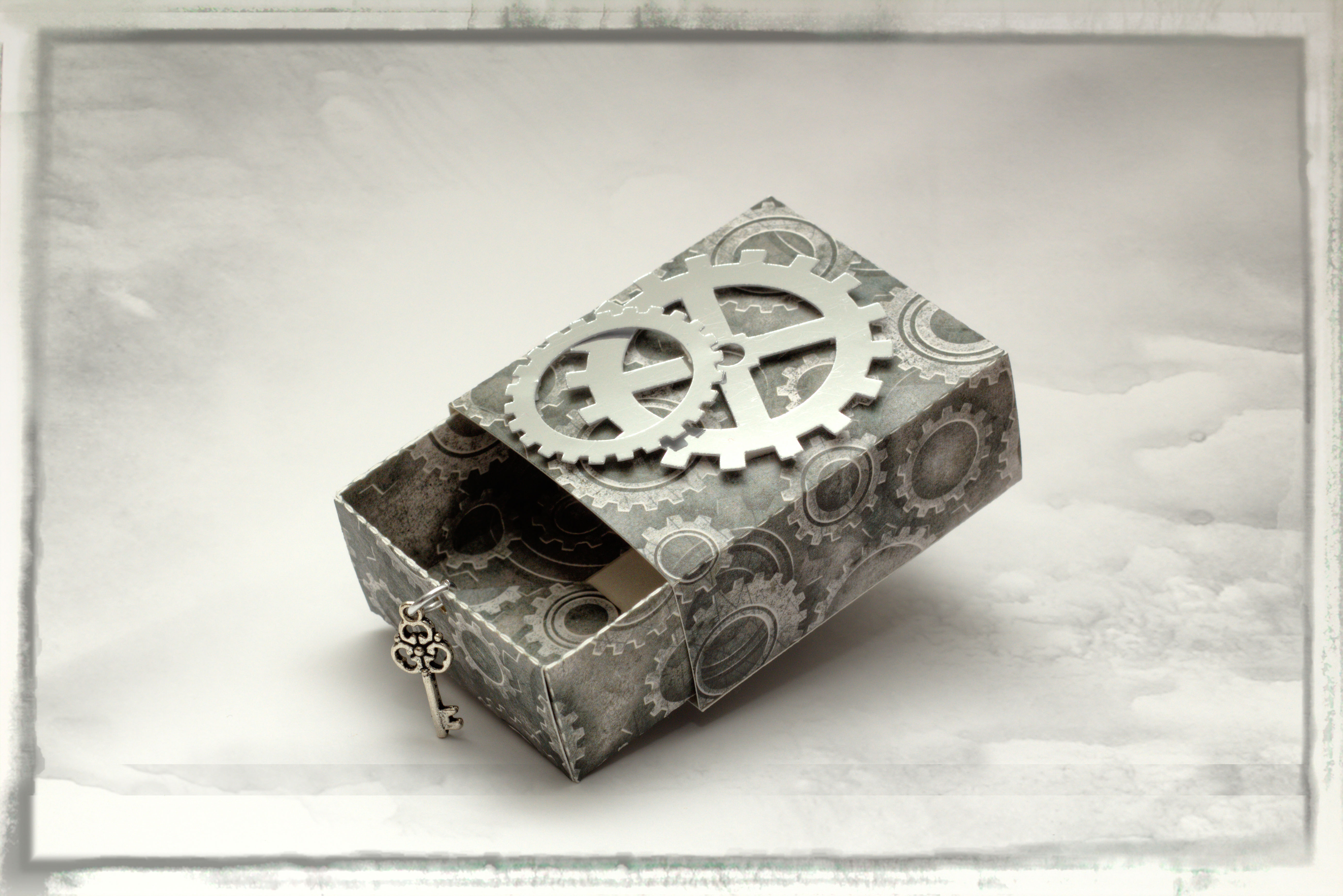 Steampunk Scarlet Favour Box