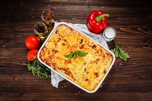 Lasagna (Beef, Ground Turkey or Veggie) Serves 4-8 people