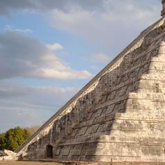 Maya Pyramids - Keystage 2 Guide