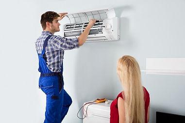 Climatisation reversible, entretien, recharge gaz, technicien, froid, chaud, chauffage