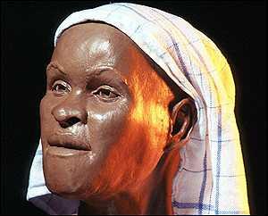 afriCalendar Highlight: Luzia Woman