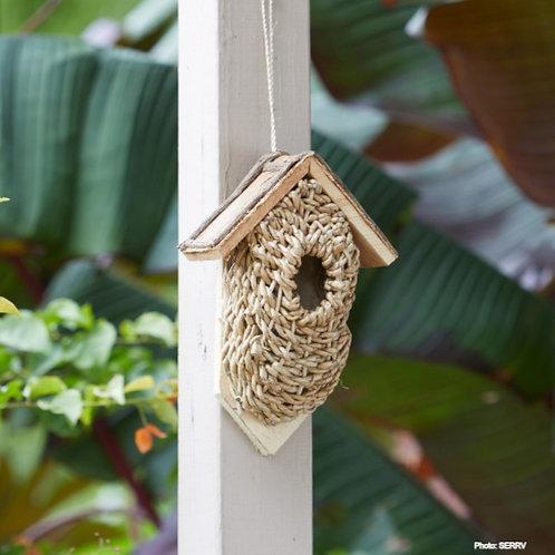 Flat-Backed Basket Birdhouse