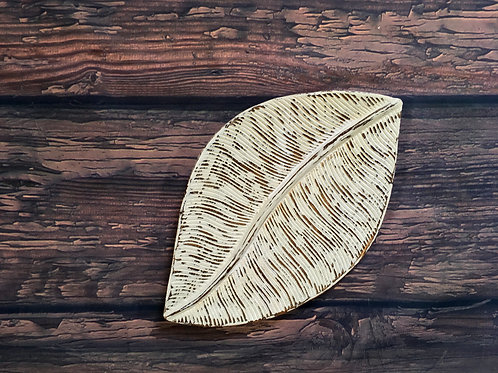 Distressed Wooden Leaf Tray