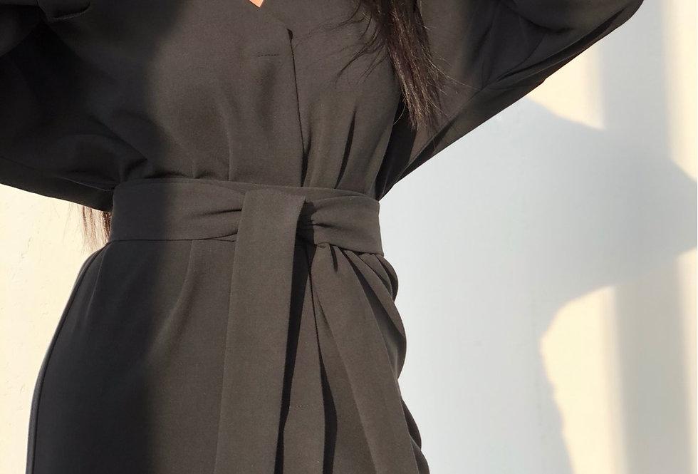 Платье с кнопками