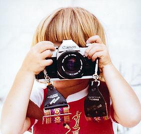 Junge Fotografin.jpg
