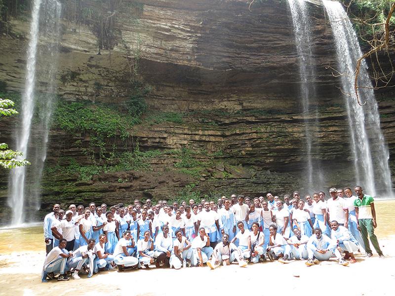 Students & Teachers at the Boti Falls
