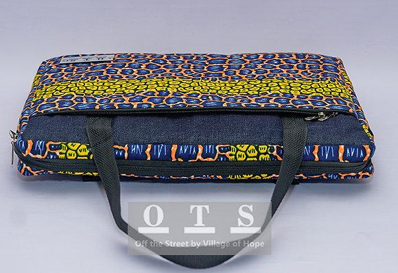 Aiki 14-inch Laptop Sleeve - Pebbles II v2