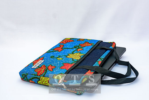 Aiki 15-inch Laptop Sleeve - Felicia I