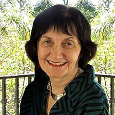 Linda C photo2Hdsht_43_C_16k.jpg