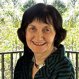 Linda C photo2Hdsht_43_C_16k.jpg