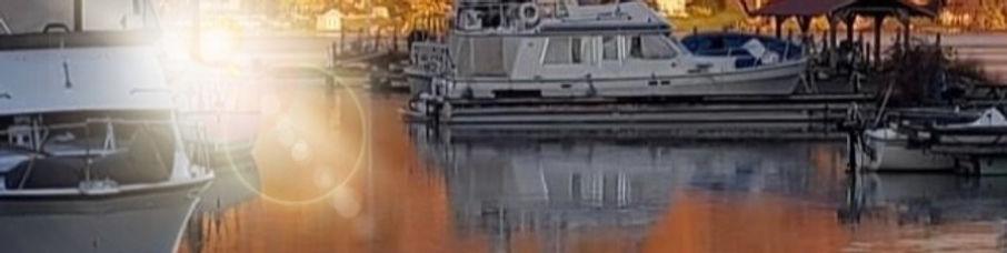 fall%20boats%20in%20water_edited.jpg