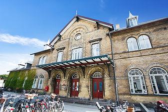 Charlottenlund station.jpg