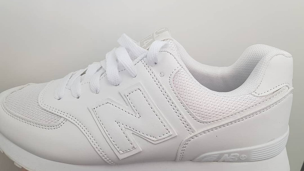 Кроссовки белые NB белые