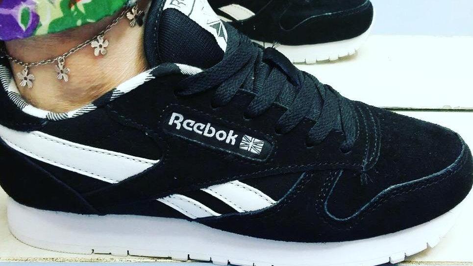 Кроссовки Reebok Classic черно белые