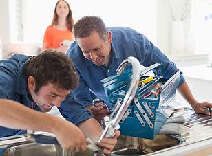 Encanador e Reparos Hidráulicos - Conserto em Casa