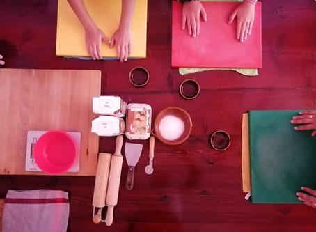 Con las Manos en la masa (Con le Mani in Pasta)