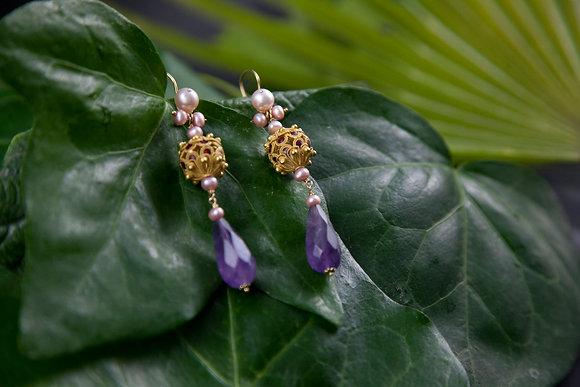 Orecchini in oro filigranato, Ametista e Perle
