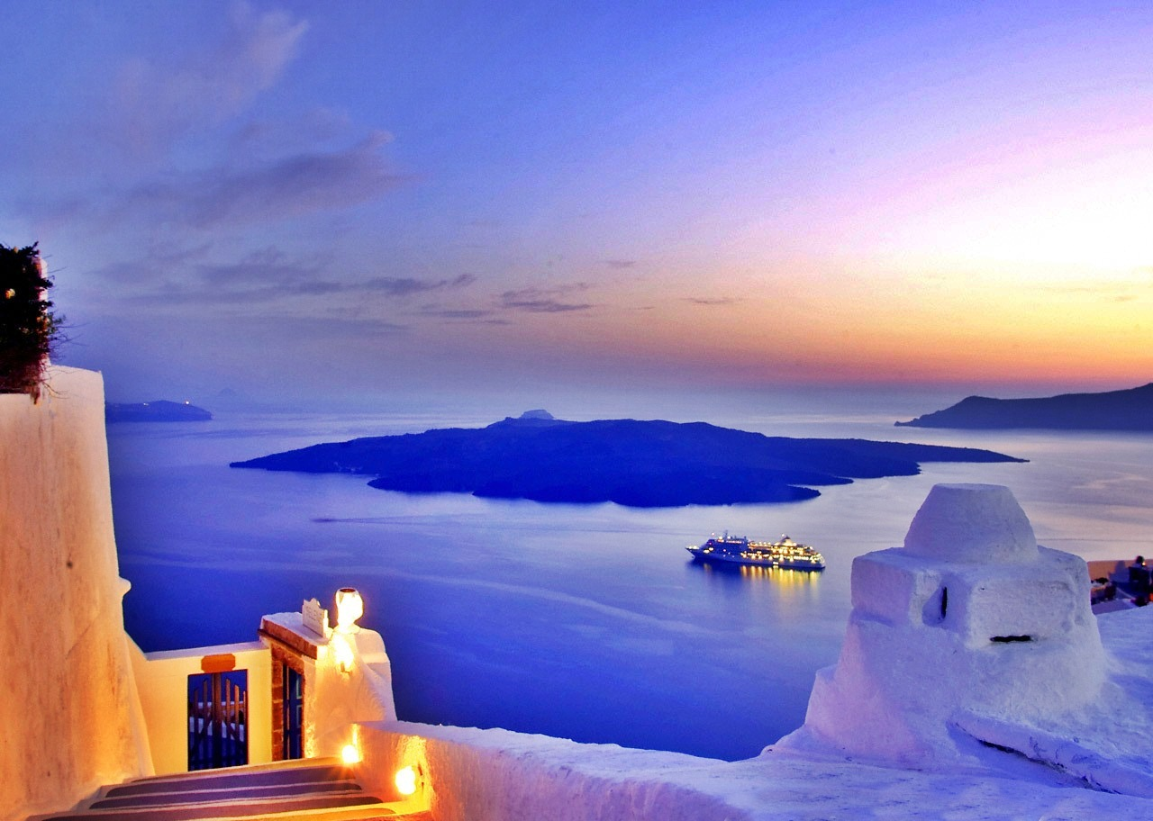 Santorini Transfers And Tours