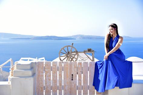Santorini photo session tours, private photo tours by Santorini Skyline Travel