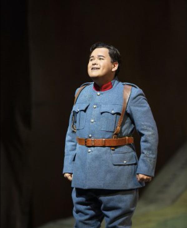 Javier Camarena in a performance of Donizetti's La Fille du Regiment