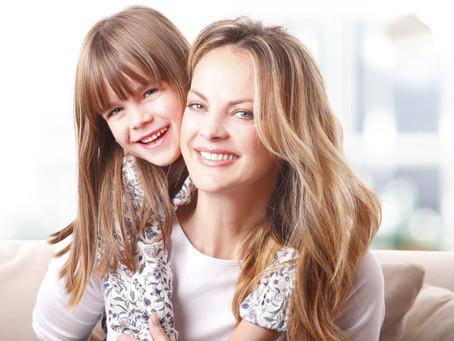 הקשר בין ילדה בת 12 לאישה בת 40+
